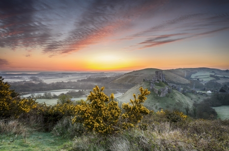 Sunrise at Corfe Castle mural
