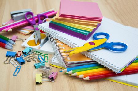 Photo pour School supplies on the table - image libre de droit
