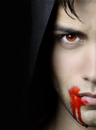 Photo pour Handsome vampire - image libre de droit