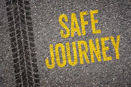Foto de Lane with the text Safe journey - Imagen libre de derechos