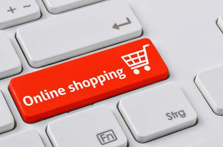 Photo pour A keyboard with a red button - Online Shopping - image libre de droit