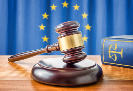 Foto de A gavel and a law book - European union - Imagen libre de derechos