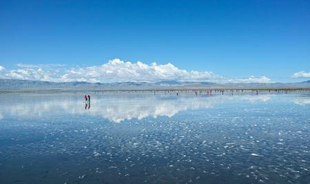 Photo pour China Qinghai Chakayan Lake scenery - image libre de droit