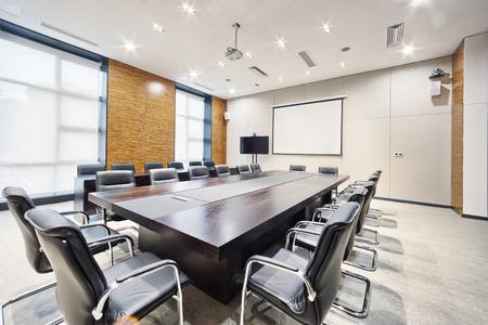 Foto de modern office meeting room interior and decoration - Imagen libre de derechos