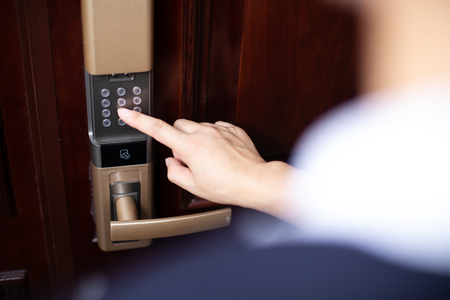 Foto de password lock at smart home - Imagen libre de derechos