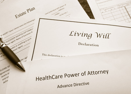 Foto de Estate Plan, Living Will, and Healthcare Power of Attorney documents - Imagen libre de derechos
