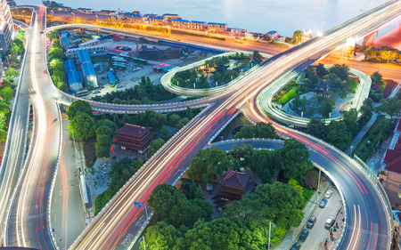 Photo pour shanghai interchange overpass and elevated road in nightfall - image libre de droit