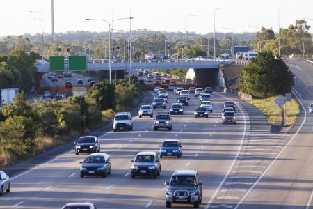 Photo pour Busy australian highway at peak hour - image libre de droit